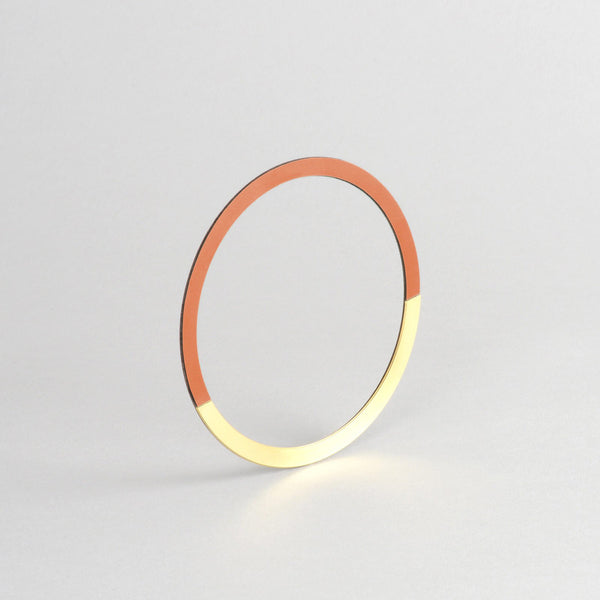 Form Bangle Circle Brass/Tan - HOWKAPOW