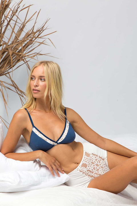 Kitty bralette in french blue