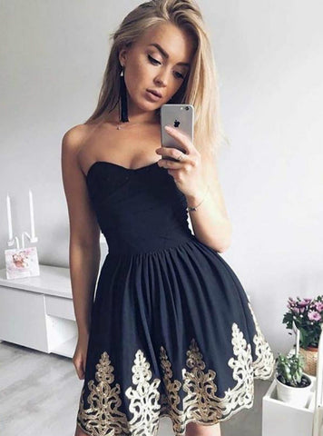 A-Line Black Satin Sweetheart Appliques Homecoming Dress