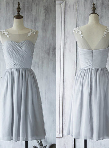 Hot Sale Short Bridesmaid Dress Light Gray Bridesmaid Gown with Lace Appliques
