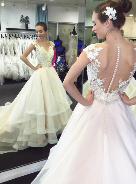 A Line Wedding Dresses Lace Wedding Dress Appliqued Wedding Dresses with Chapel Train