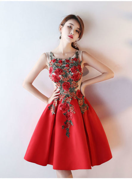 Latest Ball Gown Short Prom Dresses 2017 Luxury Flower Appliques Beading