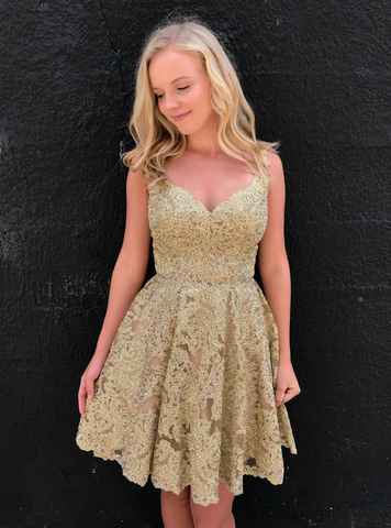 Popular Backless Short Homecoming Dress with Beaded Gold Lace