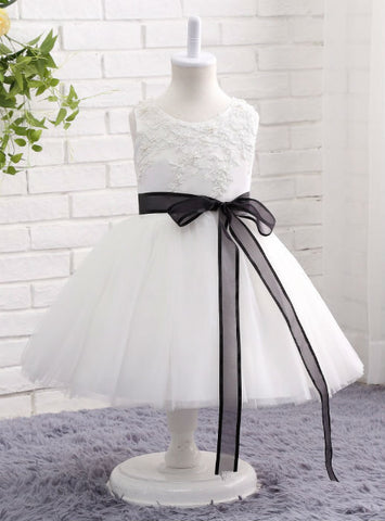 Cute 2017 Lace Beading Ball Gown Kids Evening Gown White / Ivory Flower Girl Dress