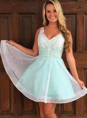 A-Line V Neck Mint Green Lace Appliques Mini Homecoming Dress
