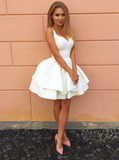 Trendy White Graduation Dress Short Ball Gown Lace-Up Back