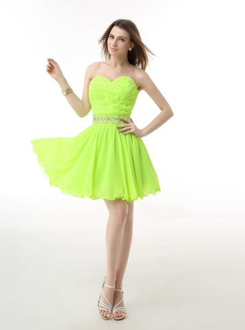 Green Chiffon Sweetheart Neck Short Homecoming Dress With Crystal
