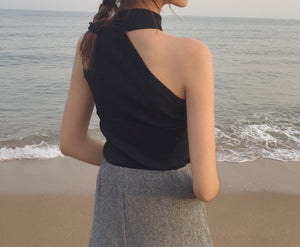 One shoulder knitting top