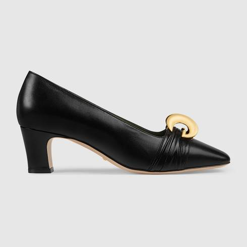 Leather mid-heel pump with half moon GG