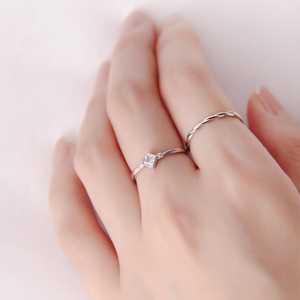 Dainty Princess Cut Diamond Ring