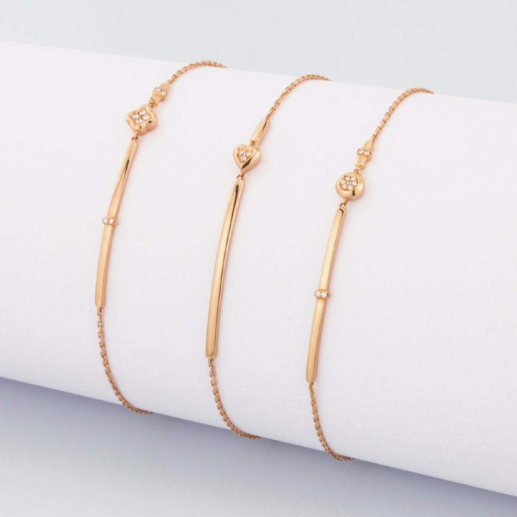 18K Rose Gold Tiny Moon Bracelet