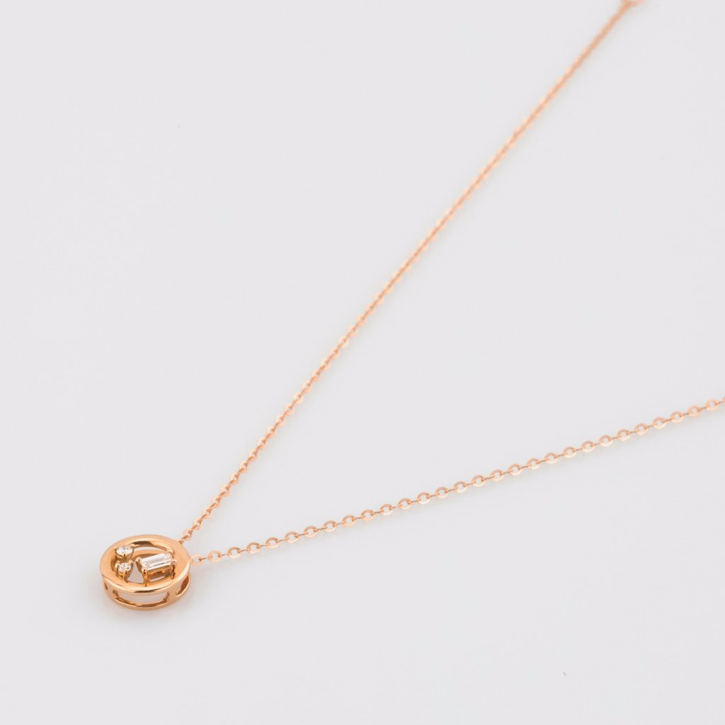 18K Rose Gold Baguette Cut Diamond Necklace