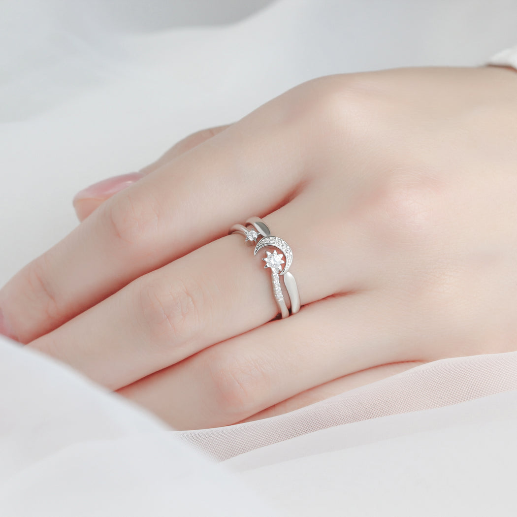 Moon and Star Ring Set