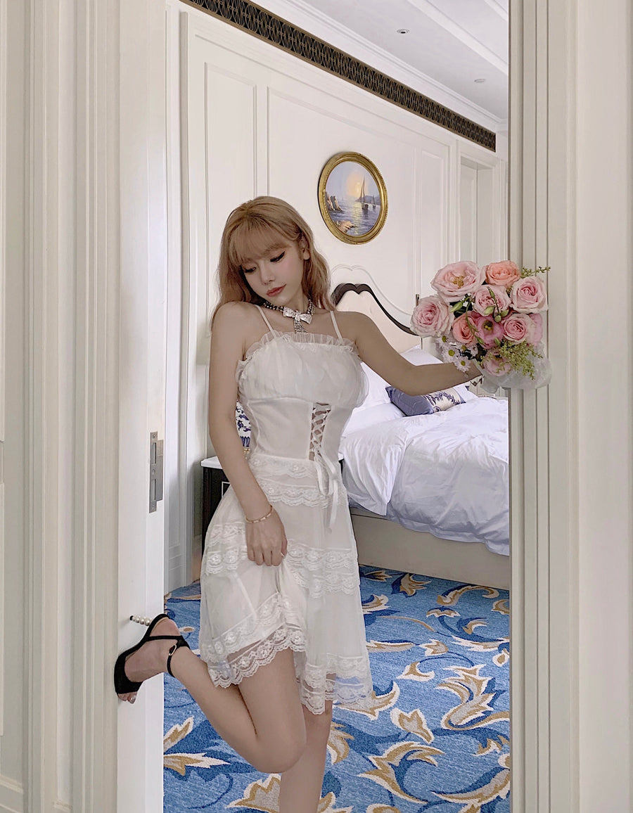 [Premium Selected Brand] Swan Lake Memory Romantic Lace Mini Dress
