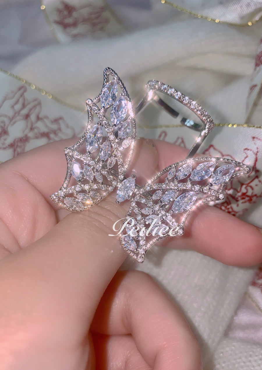 Fairly Dream Flapping Wings Crystal Earring - Peiliee Shop