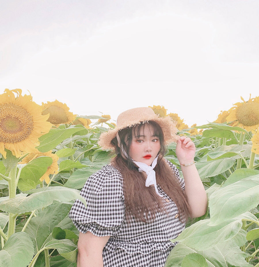 [Peiliee Curve] Sunflower Day Gingham Dress - Peiliee Shop