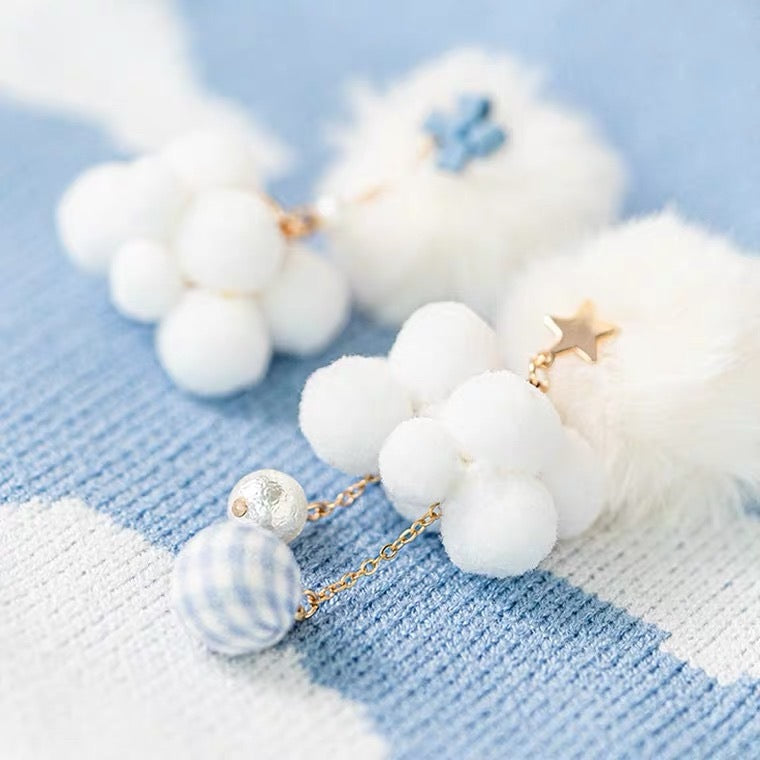 [Handmade Jewelry] Soft Cloud Ear Clip Earring - Peiliee Shop