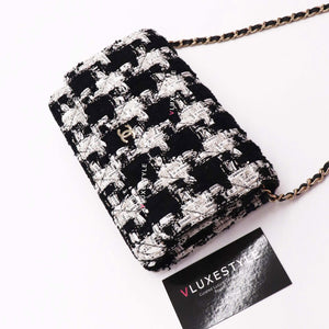 Chanel Classic Wallet on Chain 20S Houndstooth Tweed with light gold hardware