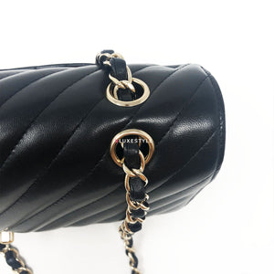Chanel 17S Classic Medium Double Flap Black Chevron Lambskin with light gold hardware