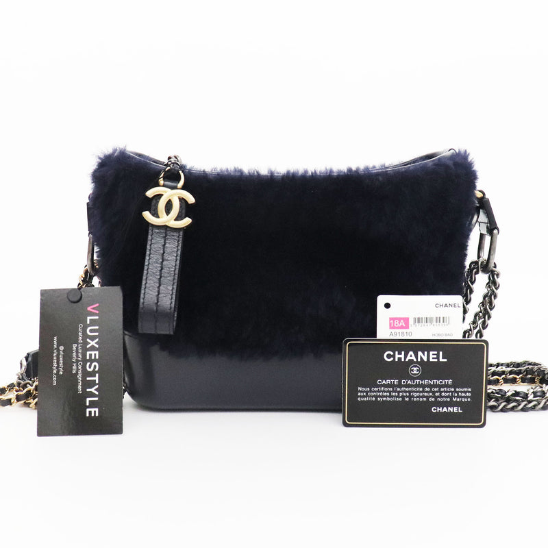 Chanel Small Gabrielle Hobo Navy Shearling/Calfskin with mixed hardware