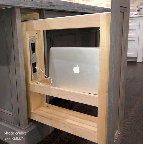 vertical pullout charging station