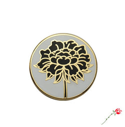 Black Lotus Pin