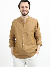 Hakeme Chambray Stand Shirt