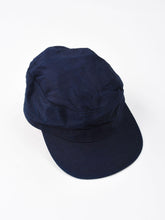 Mugi Cotton Satin Worker Cap in indigo