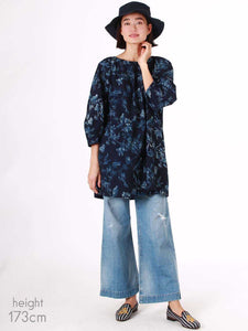 Indigo Tapet Flower Discharge Tunic