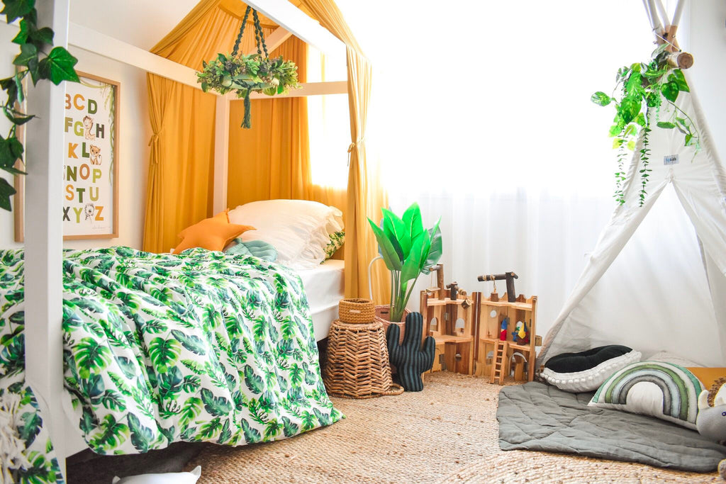 Gender neutral Jungle/ Safari themed bedroom inspiration