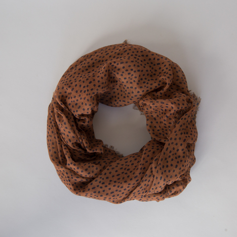 freckles maxi scarf camel spice