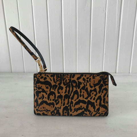 VASH polaris wild cat wristlet