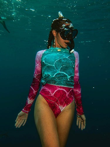 Fish scale Women's Rash Guard