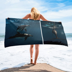 Dolphins glory - Beach Towel