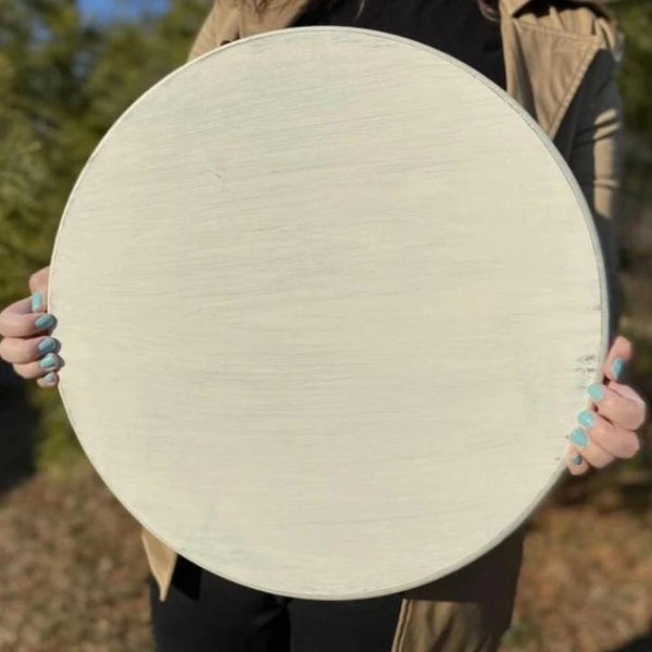 White distressed 18in round