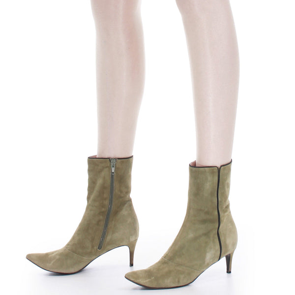 Y2K Marc Jacobs Sage Green Butter Soft Suede Pointed Toe Ankle Boots Size US 8...UK6...EUR38