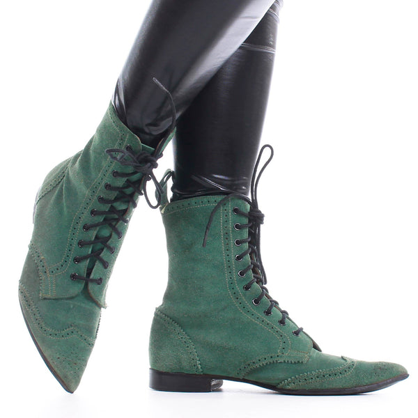 80s Vtg JOHN FLUEVOG Swordfish Family Green Suede Pointy Toe Lace Up Boots Made in England Womens U.S. Size 8 (runs large and wide)