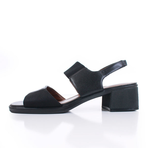 90s Black Elastic Block Heel Slingback Leather Sandals Women's Size US 8 / UK 6 / EUR 38
