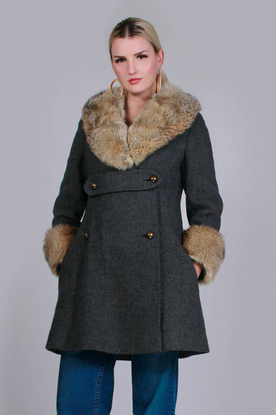 "60s Gray Wool Fur Collared A-Line Jacket by Modern DEB Women's Size Medium Petite - 38"" bust - 33"" waist - 42"" hips - 36"" long"