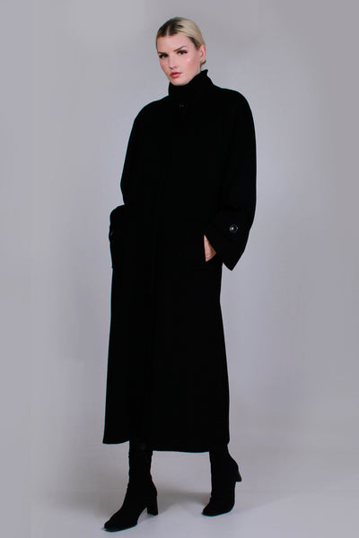 "80s Heavy Oversized Long Black Wool Winter Coat Made in the USA Women's Size Large - XL - 44"" Bust - 42"" waist - 42"" hips"