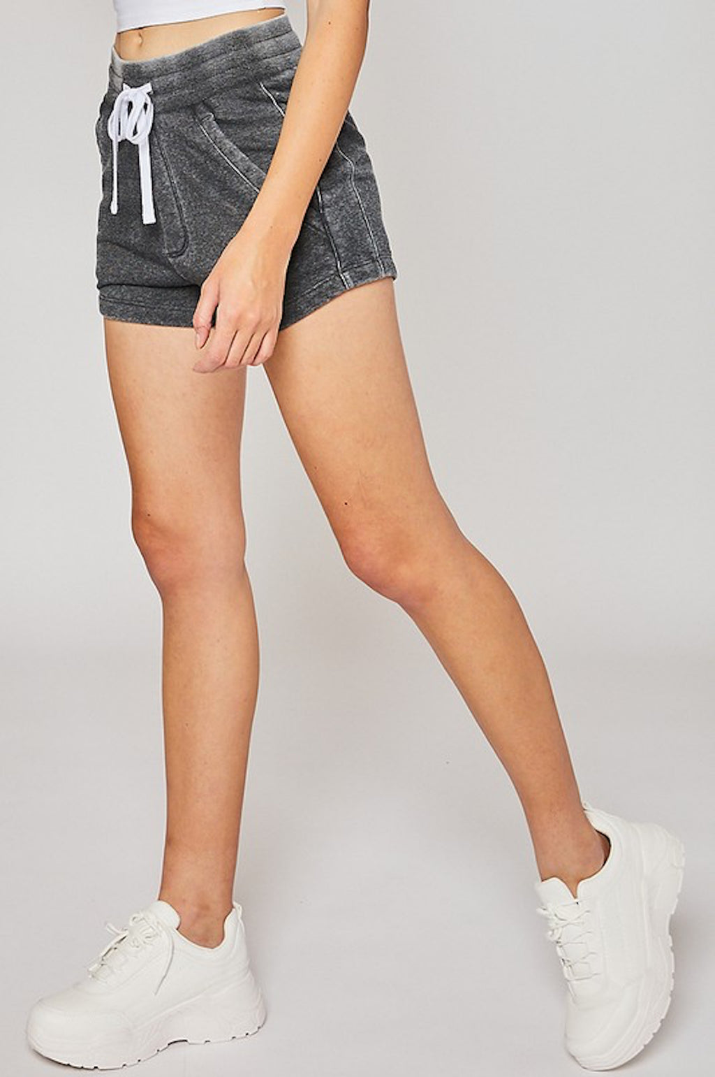 THE DENIM DELIGHT SHORTS - CHARCOAL