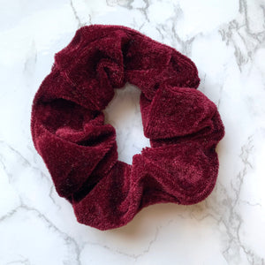 THE VELOUR SCRUNCHIE - WINE