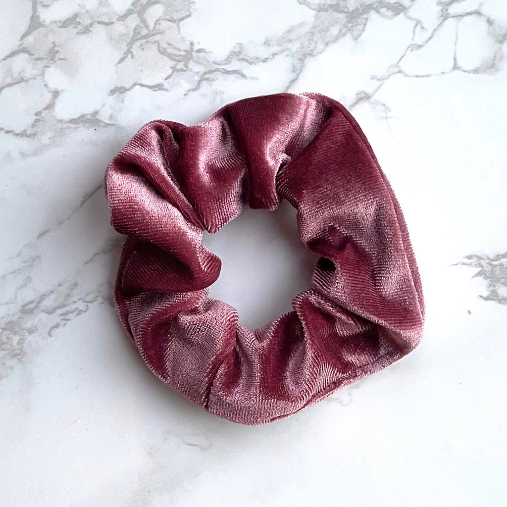 THE VELVET SCRUNCHIE - ROSE