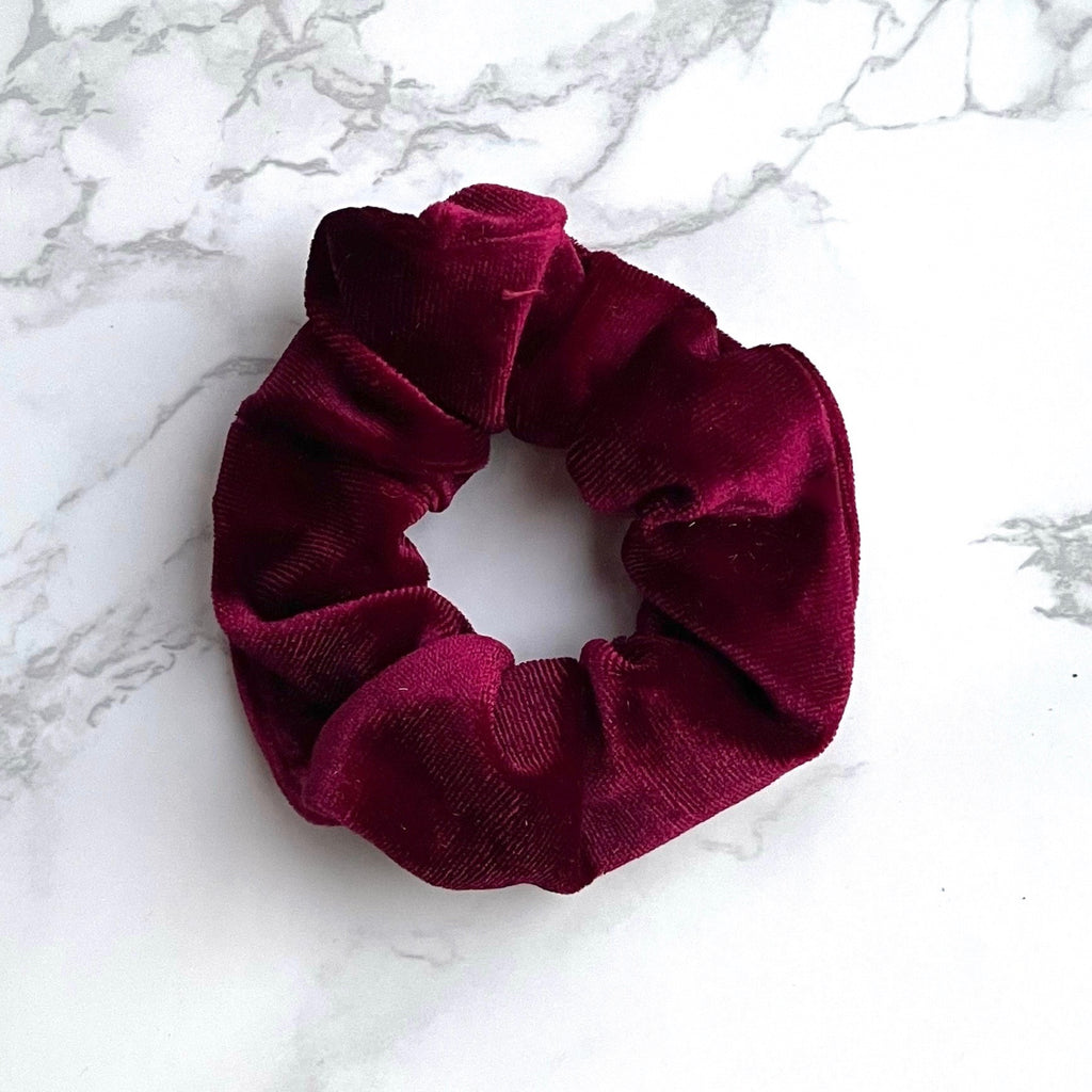 THE VELVET SCRUNCHIE - MERLOT