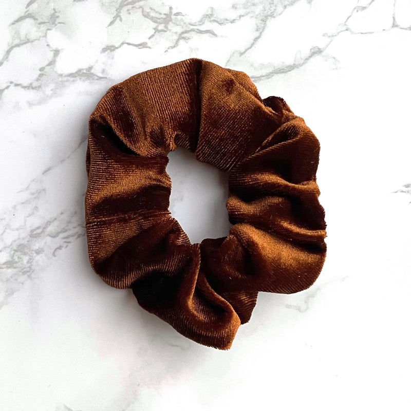 THE VELVET SCRUNCHIE - CAPPUCINO
