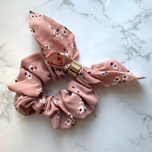 THE SCRUNCHIE BUNNY EARS - PINK FLORAL