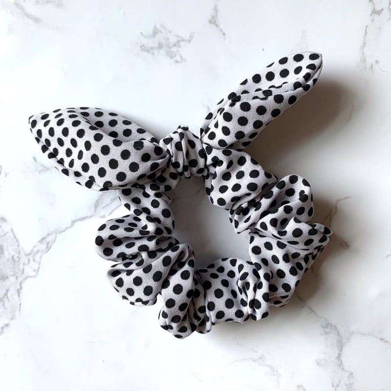 THE BUNNY SCRUNCHIE - WHITE POLKA DOT
