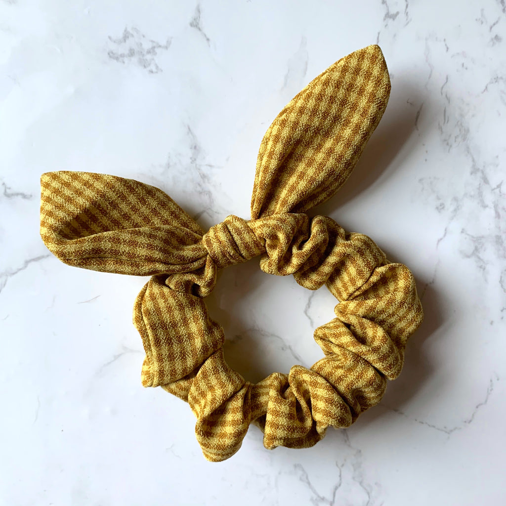 THE BUNNY SCRUNCHIE - MUSTARD GINGHAM