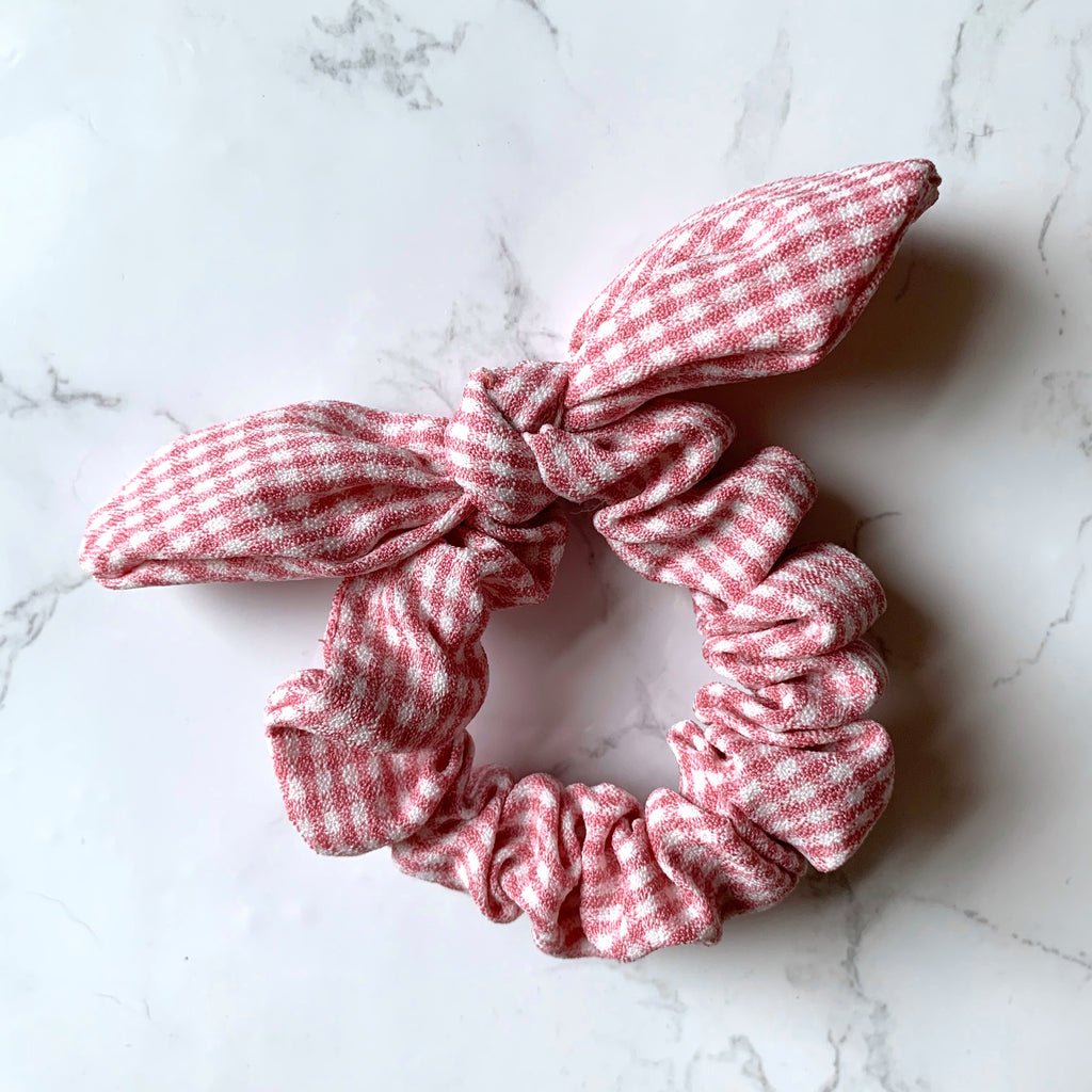THE BUNNY SCRUNCHIE - PINK GINGHAM