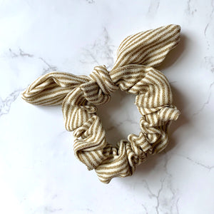 THE BUNNY SCRUNCHIE - GOLD STRIPE